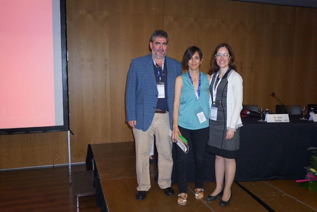 De izquierda a derecha, el Sr. Joan Massuet, la Sra. Ana Antón y la Dra. Adelina Doltra